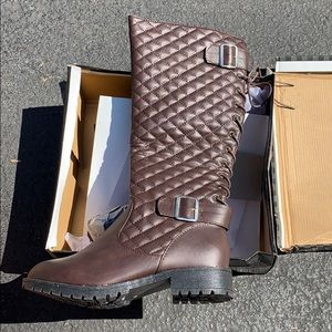 Brand new! CA collection Brown tall boot, size 7
